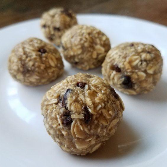 Down 'n Dirty Oatmeal Cookie Balls