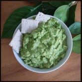 Super simple homemade guac