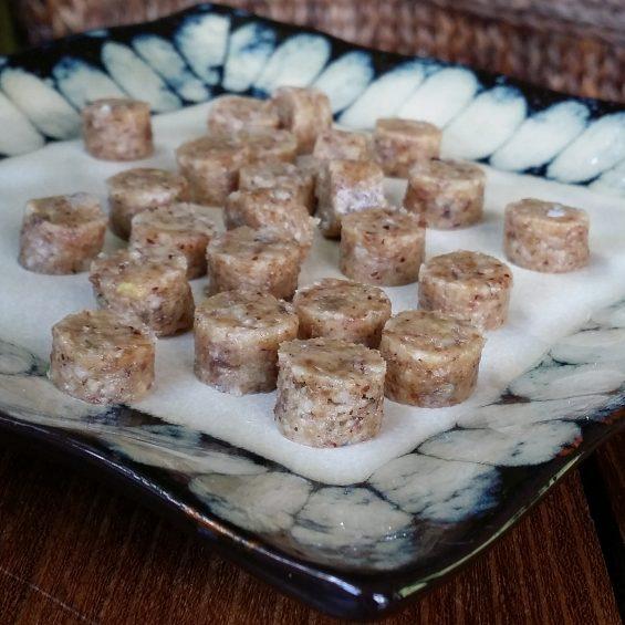 Ginger nut brownie bites